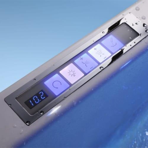 Whirlpool Bedienelemente und moderne Lichttechnik